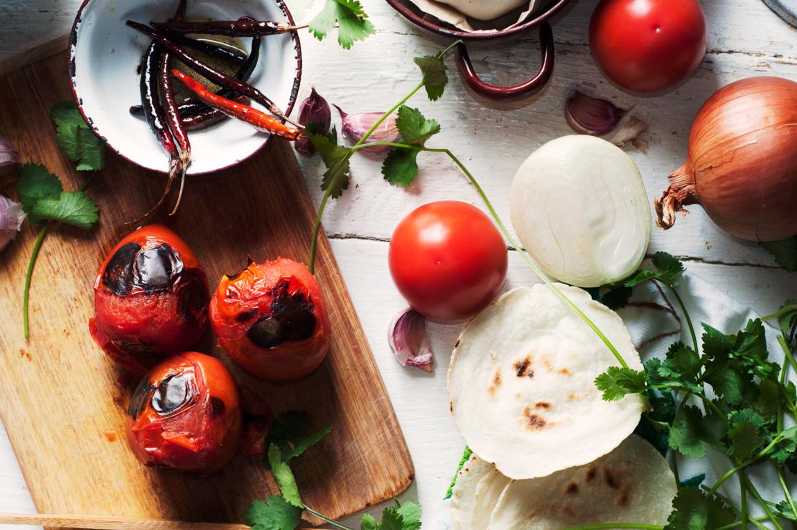 Ingredientes para la salsa roja
