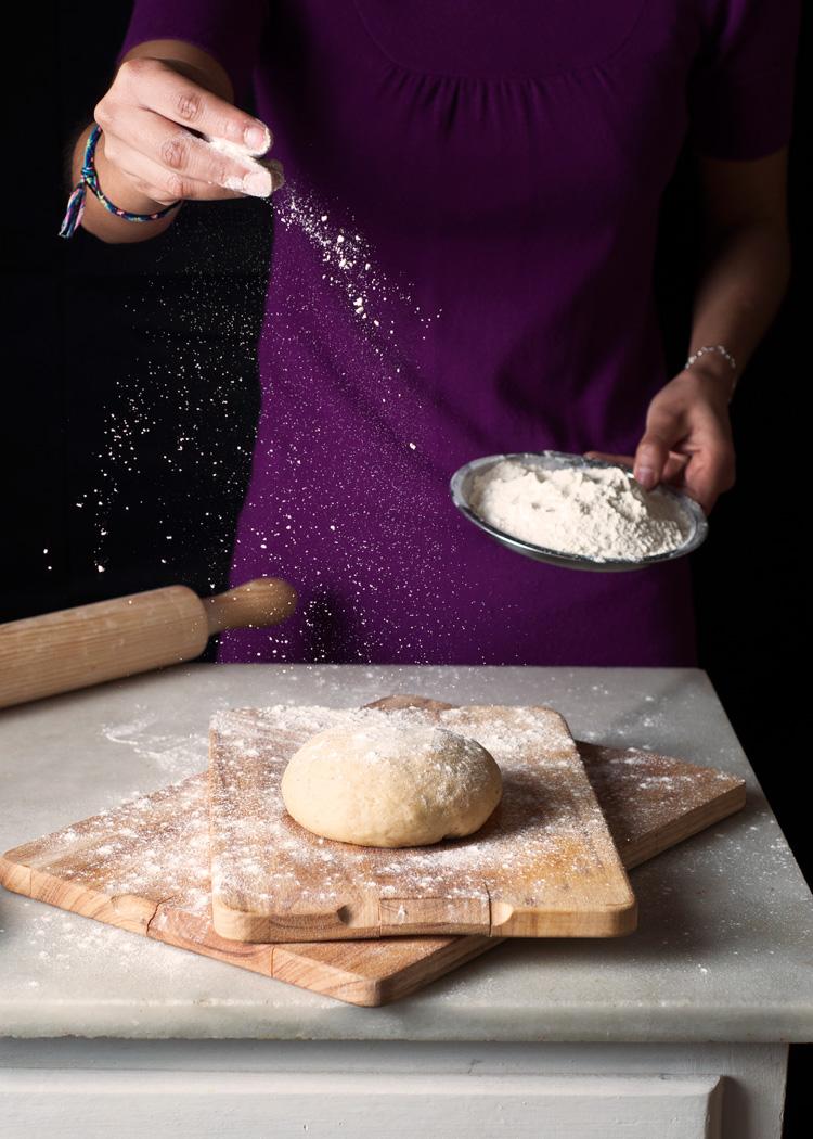 Masa para hacer buñuelos mexicanos