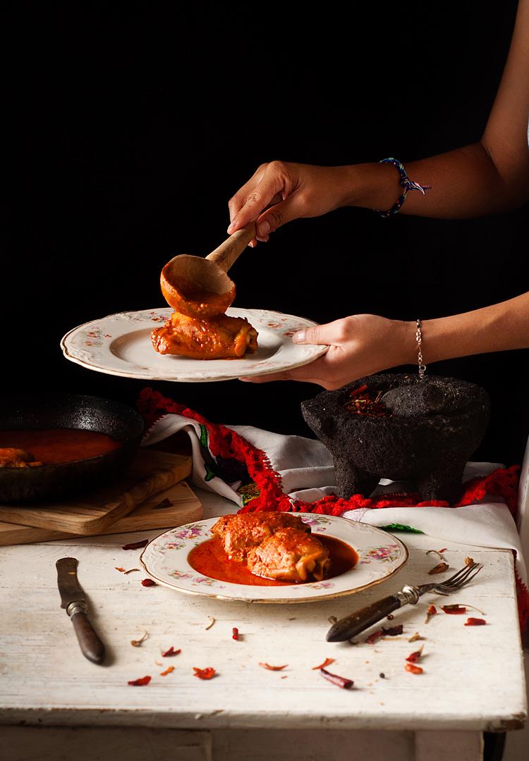Receta de pollo enchilado mexicano