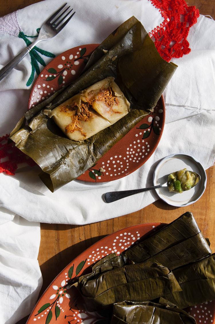 Tamales de pollo pibil